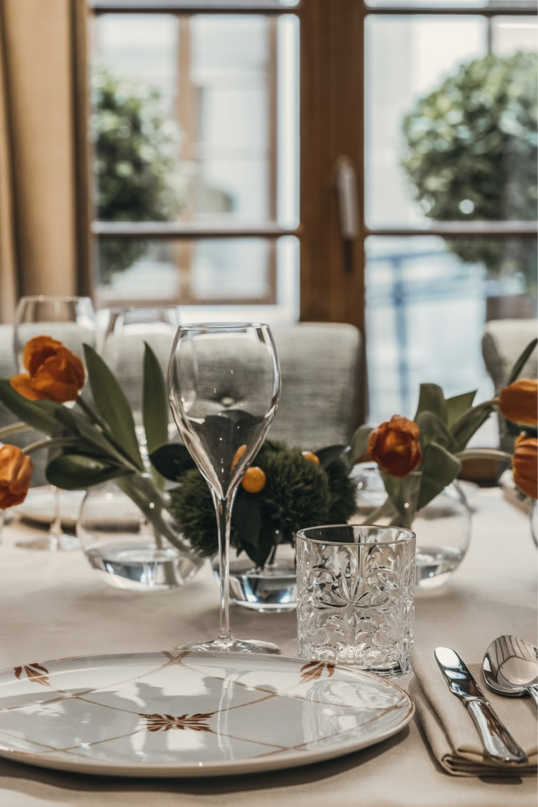 Chef José Carlos García has designed various menus for groups with dishes that are unique to us, which can be enjoyed on both the Balausta terrace and in Palacio Solecio's private rooms.